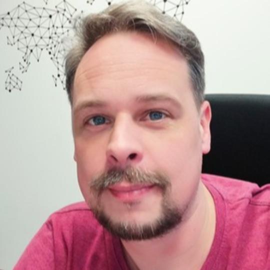 Maciej Glowiak