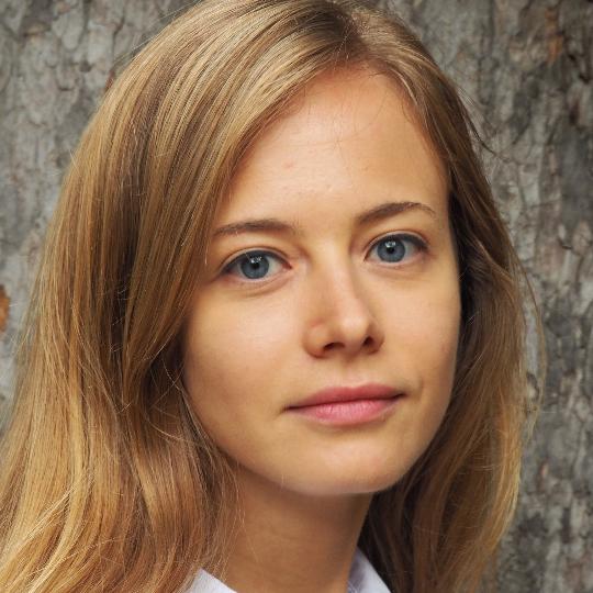 Anna Valeri Jelezovskaia